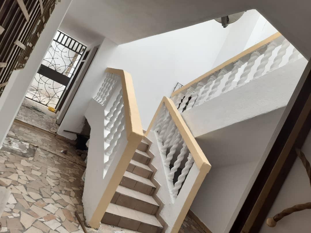 Une Villa  duplex au Rosier, Riviera non loin de l'hôtel Belle Cote,