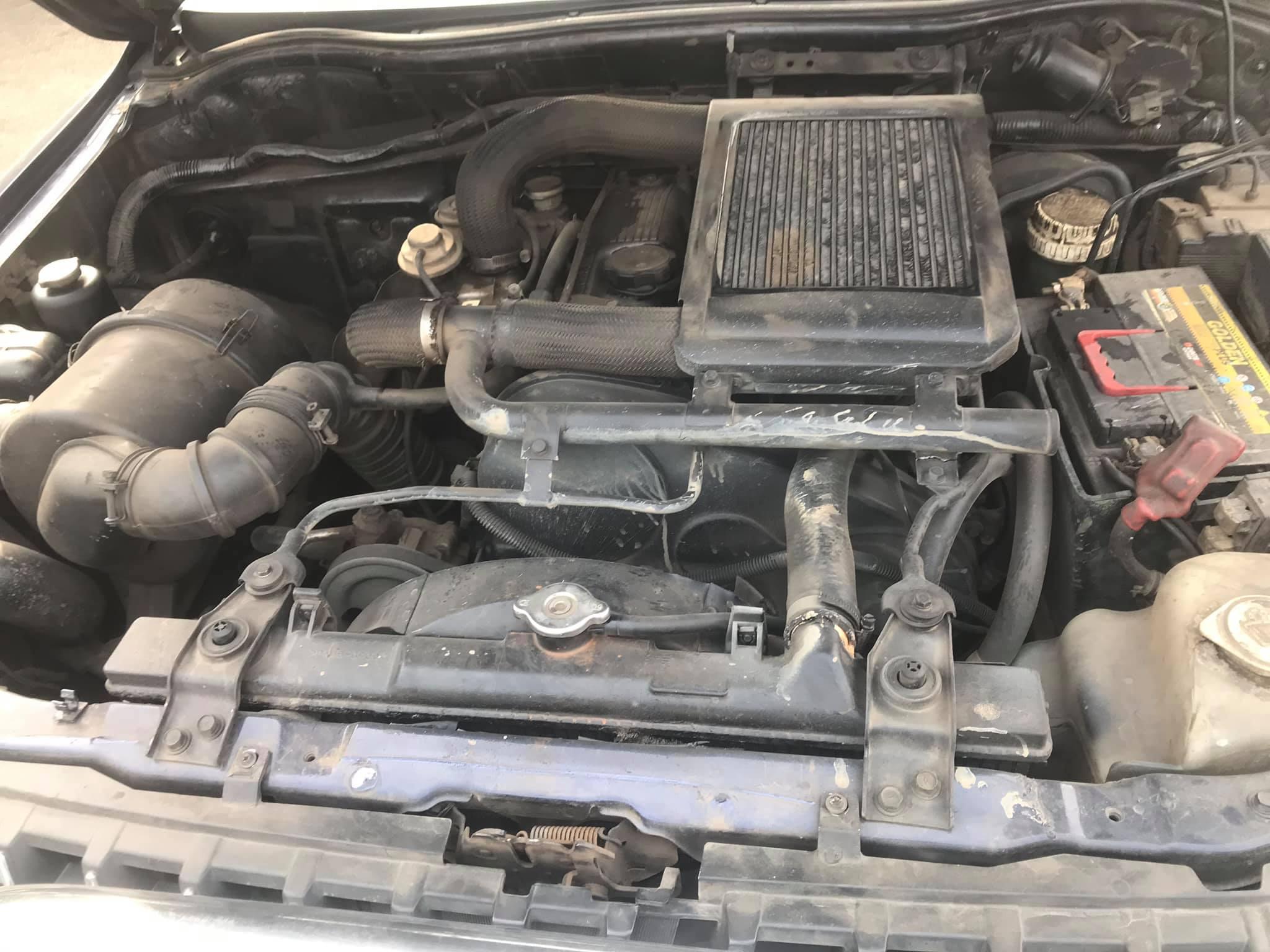 MITSUBISHI  L200  GAS-OIL