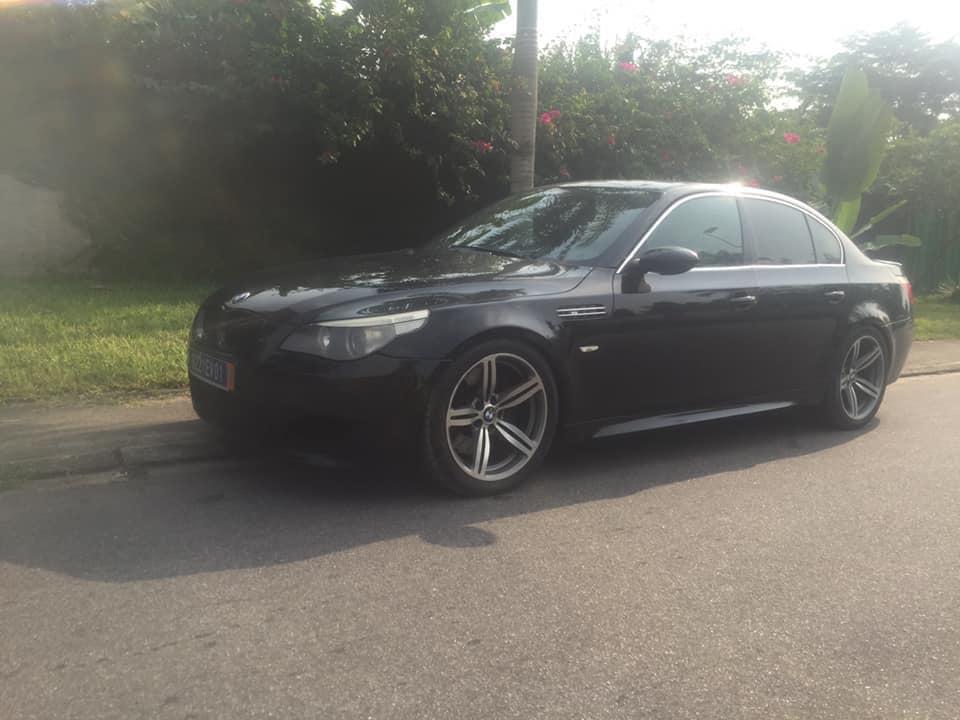 BMW M5 V10  Essence  2007