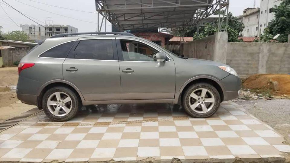 Hyundai Veracruz 7 places 2008