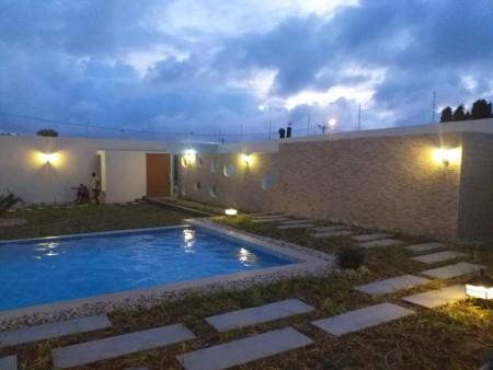 Grand Bassam  Villa à louer 07 chambres
