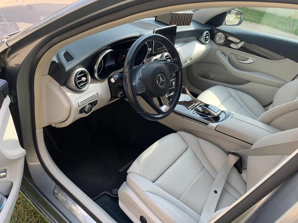 Mercedes Benz Année 2015