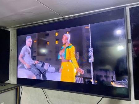 "SMART TV SAMSUNG 55""POUCES +DECODEUR AVEC WIFI ORIGINALE KAZI NEUF"